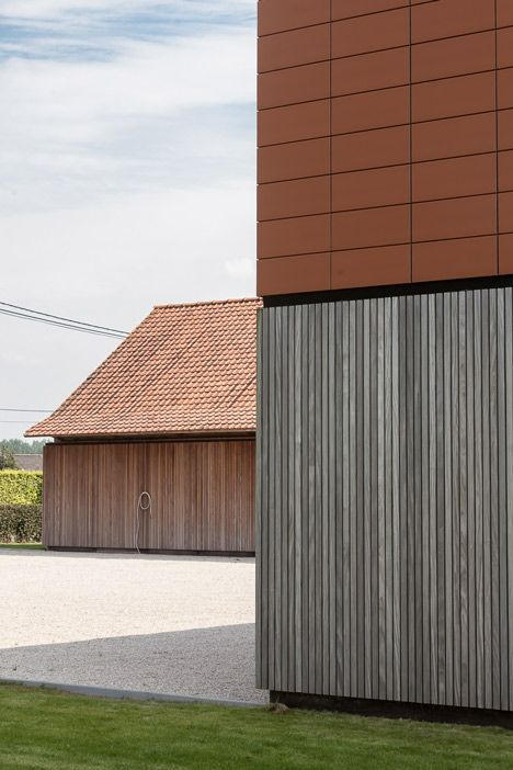Single family house barn extension by Pascal François Architects