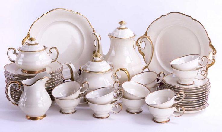 Kaffeeservice Hutschenreuther / Coffee set, Hutschenreuther für 12 Personen, 42 Teile, 12 Kuchentel — Porzellan