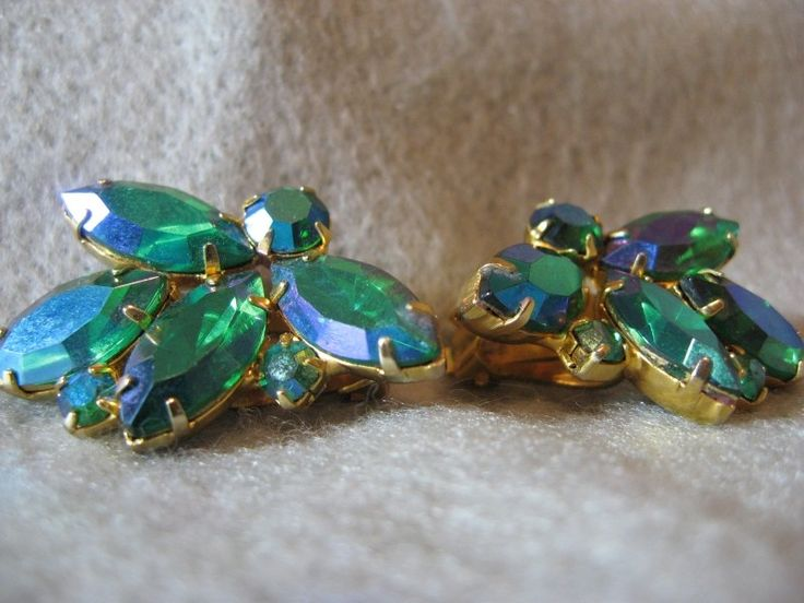 Vintage Weiss Green AB Gold Clip On Earrings by Oliviarosestone on Etsy
