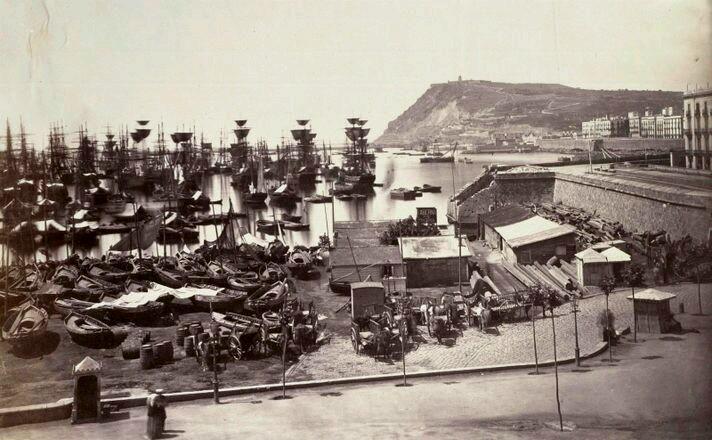 """""""1860. Port de Barcelona."""" Pre/V\sa història .  @premsahistoria  La nostra història a través de retalls de premsa i fotografies"""