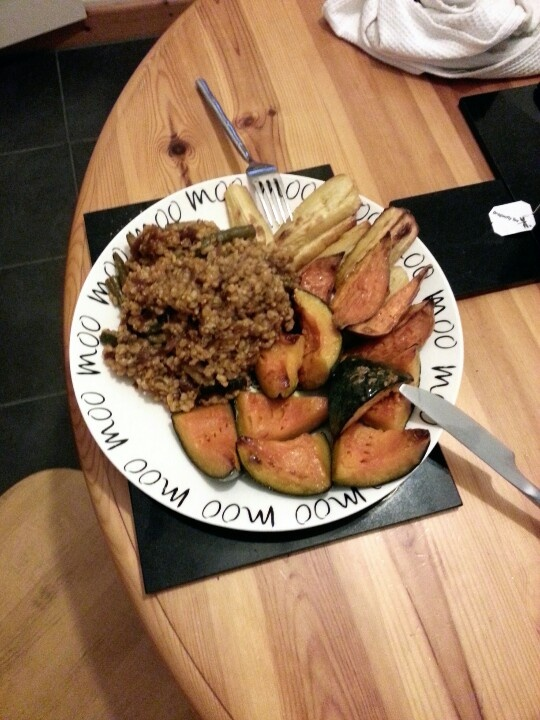 Roast prince squash, parnips and sweet potatos with green bean, oregano and parsley brown rice.. Unusual but tasty.. :)