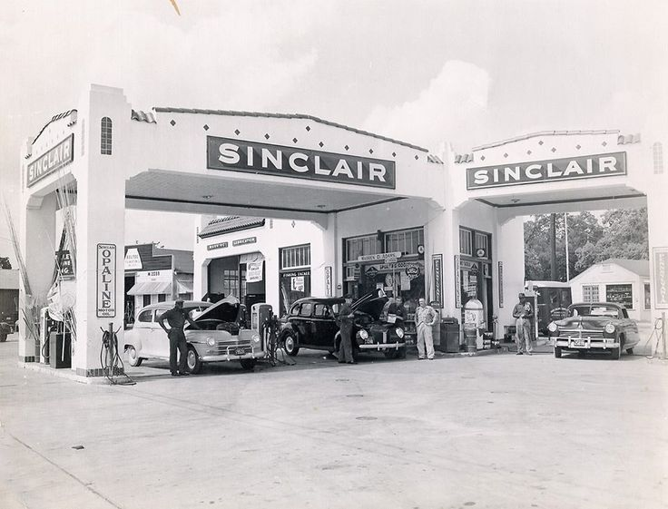 Sinclair Station On Wayside Avenue In Houston Traces Of