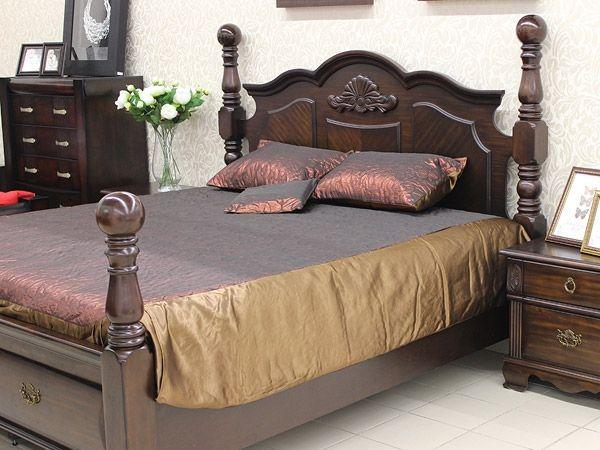 Двуспальное покрывало «Colombia», цвет - бургунд на кровать в спальню по доступной цене в Беларуси.