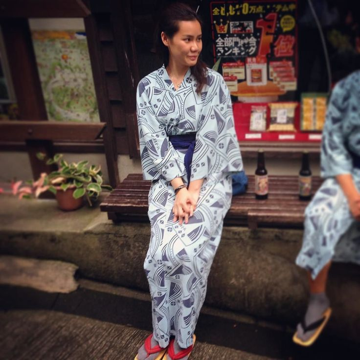 What are you looking for???? #travelaroundtheworld #travelinstyle #travel #japan #travelgram #日本 #自駕 #黑川溫泉 #秘湯 #新明館 #onsen #九州 #kimono #hotspring#spring#hitou#kaiseki#日本の秘湯#溫泉 by iveyves