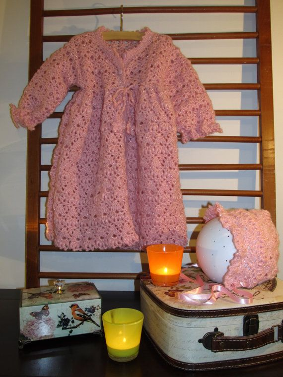 Baby Sweater Pink with hat Crocheted Wool by MinnieCreation, €86.24