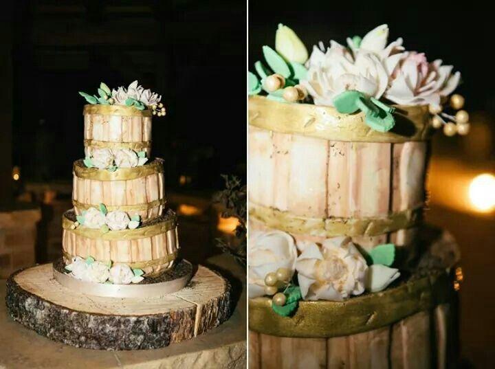 Soudkový rustikální dort
