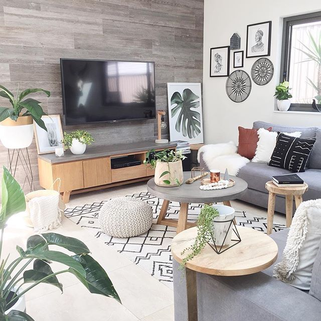 Hi to all my beautiful Insta friends and followers slight obsession with my plants ohh and maybe with My prints as well #interiorstyling#interior#interior4all#interior123#decor#crazyplantlady#homeinspo#mynordicroom#scandiboho#scandi#bohostyle#kmart#jungalowstyle#homedecor#loungeroom#livingspace#oak#getinspiredshare#sharemystyleliving#homebeautiful#inspire#howyouhome#littlebrickhome#featurewall#bhg#lovecominghome#cornerofmyhome#interiorandhome#tribal#mudcloth