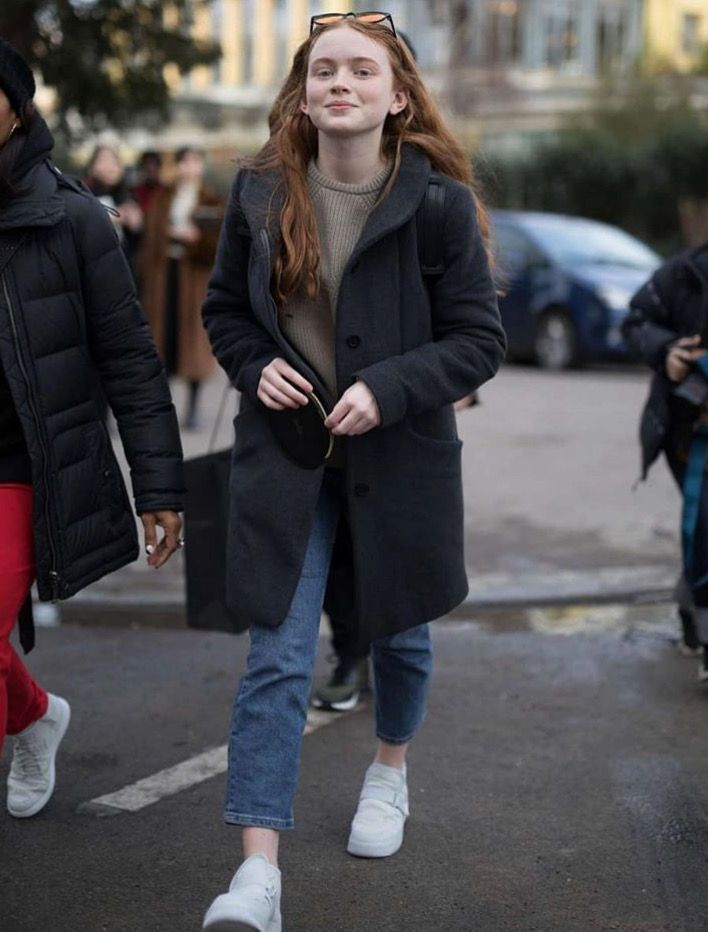 She S Gorgeous She S So Underrated Honestly She Is Prettier Than Millie Bobby Brown Sadie Sink Paris Fashion Week Sadie