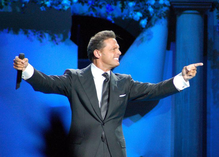 Univision anuncia una próxima serie sobre la vida de Luis Miguel