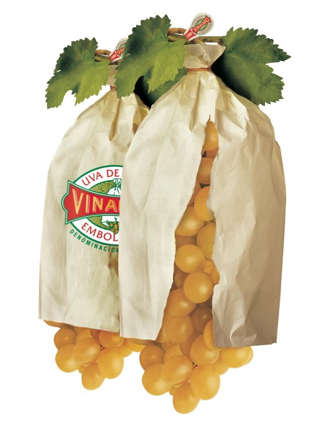 Это единственный винограда, который растет и созревает в бумажный пакет. Зимой можно наслаждаться летом фрукты. Попробуйте!