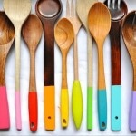 painted spoon handles: Ideas, Craft, Diy'S, Color, Woodenspoons, Kitchen, Wooden Spoons