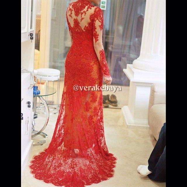 Fitting 80%... #kebaya  #pengantin  #weddingdress  #fashionwedding  #fashion  #red  #lace  | OnInStagram