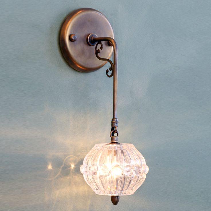 מנורת קיר W62 | CHANDELiRiA
