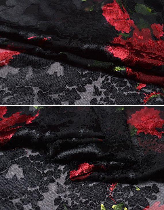 Velluto di seta broccato rosso e nero fiori fantasia tessuto
