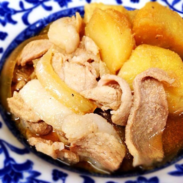 10月27日夕食メニュー ⚫︎肉じゃが ⚫︎和風サラダ ⚫︎卵の味噌汁 - 3件のもぐもぐ - 肉じゃが by 下宿hirota&メゾンhirota