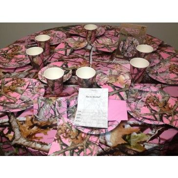 Best 25 pink camo party ideas on pinterest camo for Pink camo decorations