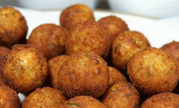 Spaghetti Paneer Balls Makes a great teatime/evening snack.