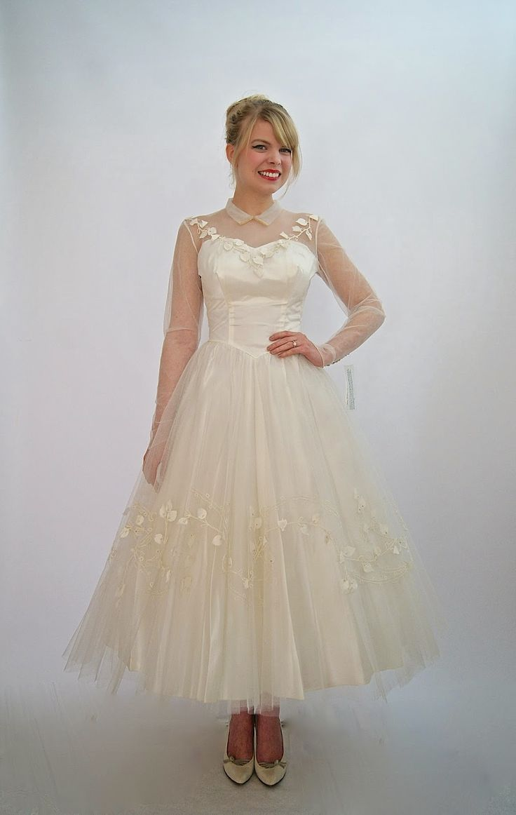 vintage wedding dress at xtabay vintage clothing boutique