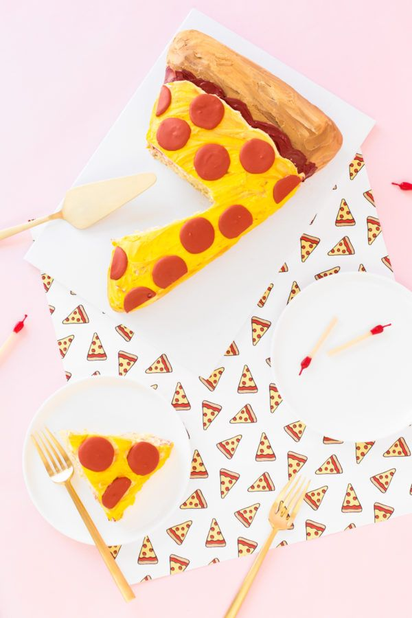 DIY Pizza Slice Cake   studiodiy.com