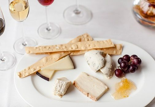 One heck of a cheeseboard from Theo Randall at the InterContinental Hotel  #cheese #London #TheoRandall #Intercontinental #food #finedining #restaurant  http://www.squaremeal.co.uk/restaurant/theo-randall-at-the-intercontinental-hotel