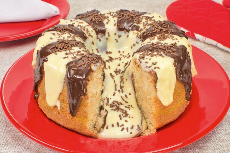 Confira esta receita de bolo vulcão dois chocolates, que é fácil de fazer e é uma opção maravilhosa para o lanche, todos vão amar essa novidade!