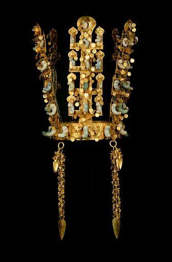 Silla Dynasty Gold Crown National Treasure No. 188 SouthKorea.