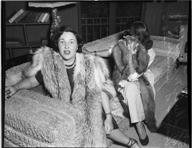 Raid suspects (prostitutes), 1951 :: Los Angeles Examiner Collection, 1920-1961