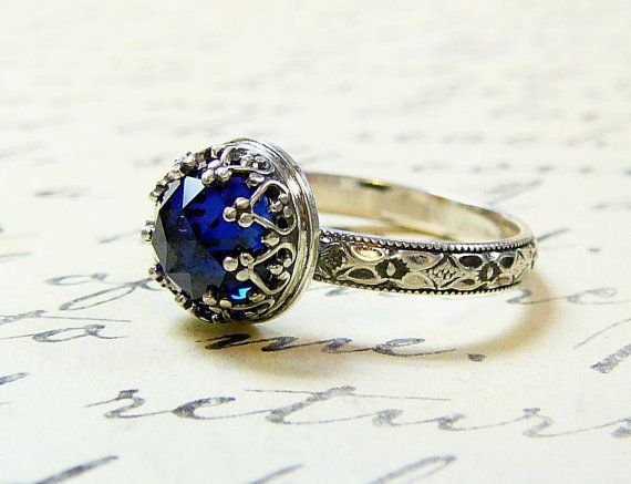 Roxy Ring Beautiful Gothic Vintage by EternalElementsShop on Etsy