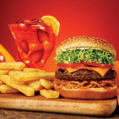 Red Robin  Register for a Red Royalty rewards card at redrobin.com/redroyalty and get a burger on your birthday, plus every 10th item free.