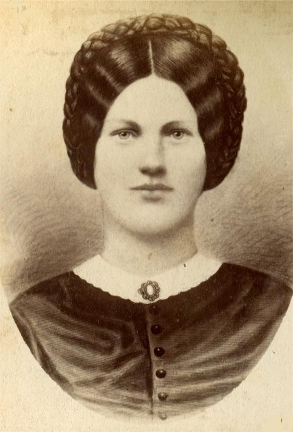 Mary Virginia Wade (Ginnie or Jenny to her friends) was 20 years old in 1863. She was killed by a sharpshooter's bullet, struck in the back while baking bread for the soldiers during the battle. She was wrapped in a blanket and buried in the garden with the bread dough still on her hands. (Her body was later moved two more times.)