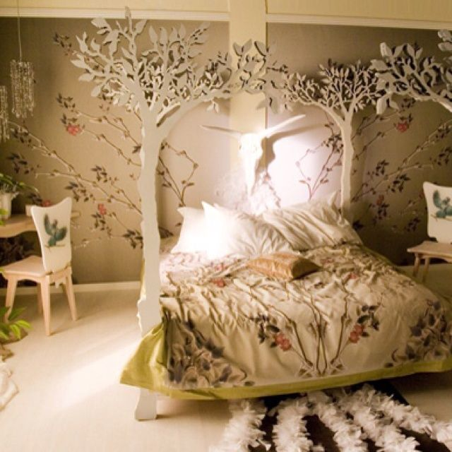1000 images about dream home on pinterest micro house for Forest themed bedroom ideas