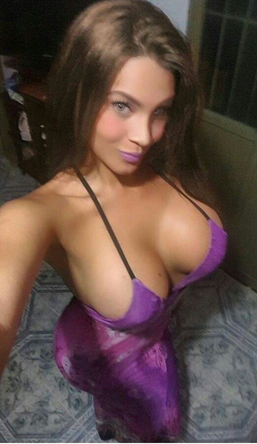 Bloomin' Faeries!: Breast expansion! Spontaneous orgasms! Irresistible lust! Emb…, Hot Babes Naked