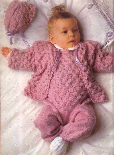 Чепчик, ползунки и кофточка для новорожденной девочки спицами
