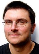 Tim Collins is een jonge Engelse schrijver. Hij komt uit Manchester maar woont nu in Londen. Zijn boek: Dagboek van een gedumpte vampier won in Engeland de Manchester Fiction City Award en de Lincolnshire Book Award.