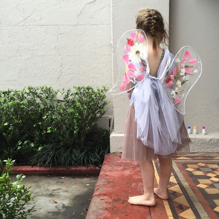 THE INDIGO CREW   Creative living with kids: FLOWER FAIRY WINGS