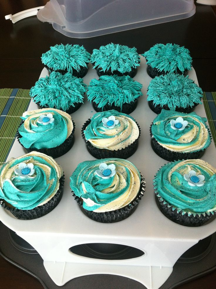 Best 25+ Teal cupcakes ideas on Pinterest   Turquoise cake ...