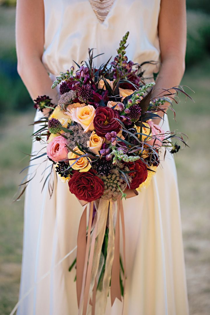 32 Flower Toe Nail Designs: 32 Of The Most Stunning Fall Bridal Bouquets You've Ever