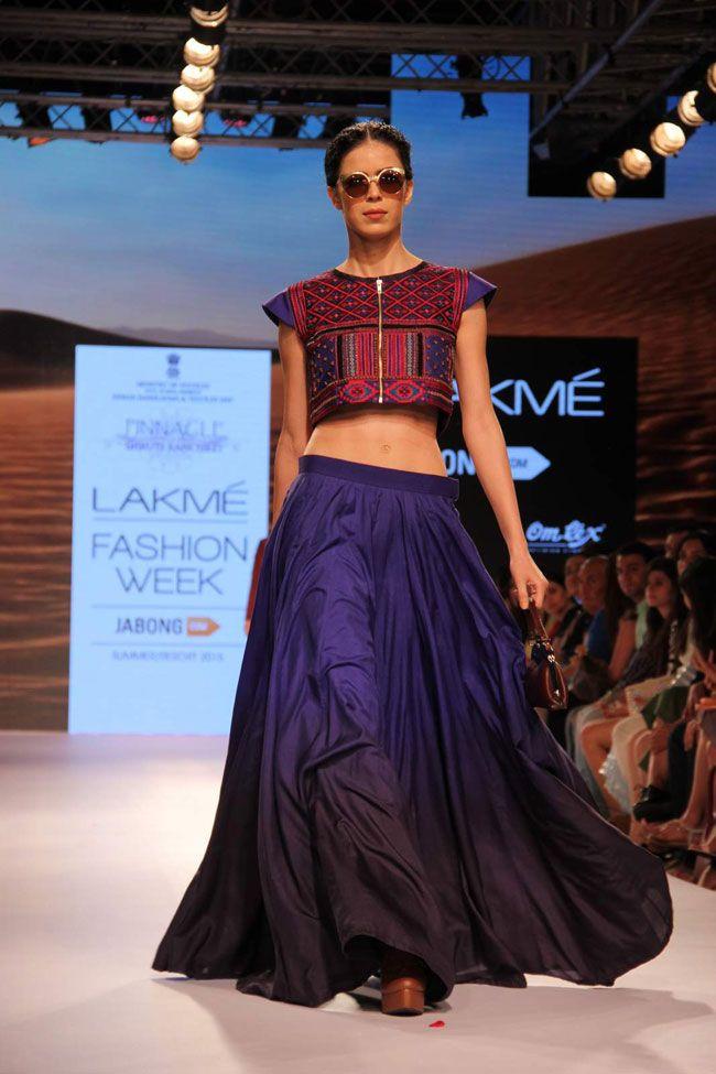 Lakme Fashion Week 2015: Vidya Balan the cynosure of Day 2 - | Photo1 | India Today |
