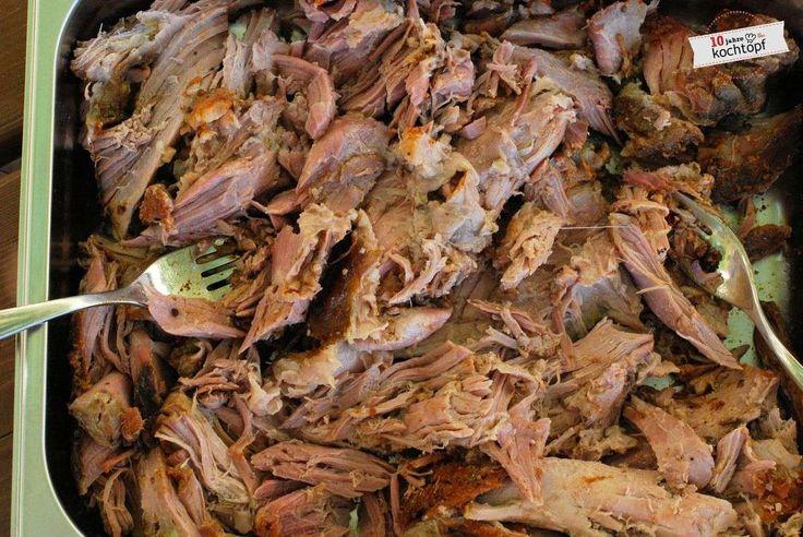 Endlich ich habe es auch gemacht! Pulled Pork Zwar nur Pulled Pork aus dem Ofen - aber auch so saugeiles Zeug!In der Blog-o-Sphäre geistert es schon länger rum - das...