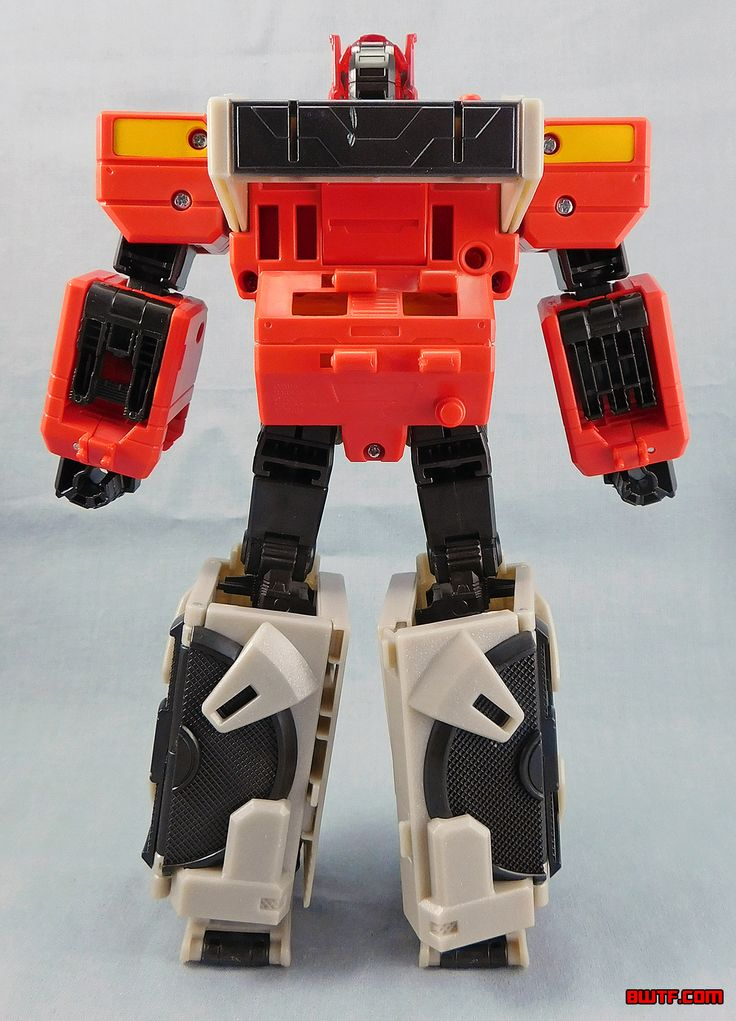 """""""Generations"""" Titans Return Autobot Blaster & Twin Cast"""