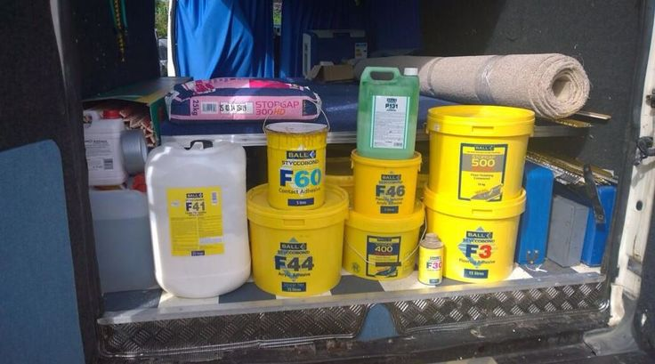 That's a lot of @FBallUK products for a 2m by 2m vinyl Ryan