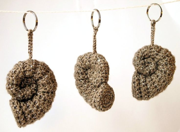 Ammonite Amigurumi Keyring by ~kaelby on deviantART