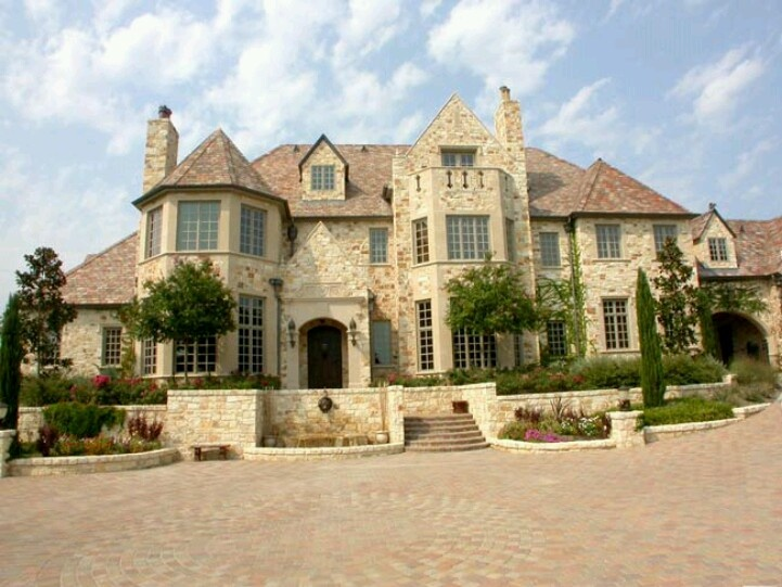 Geez i can 39 t decide so many awesome mansions lol dream for 3 story house
