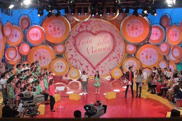 MiMiSol for Mother's Day!  MiMiSol dresses the Piccolo Coro dell'Antoniano for Mother's Day. #celebrities #testimonial #producplacement  #mimisol #childrenswear #children #fashion #kids #kidswear #moda #childrenfashion #modabambino #bambini #madeinitaly