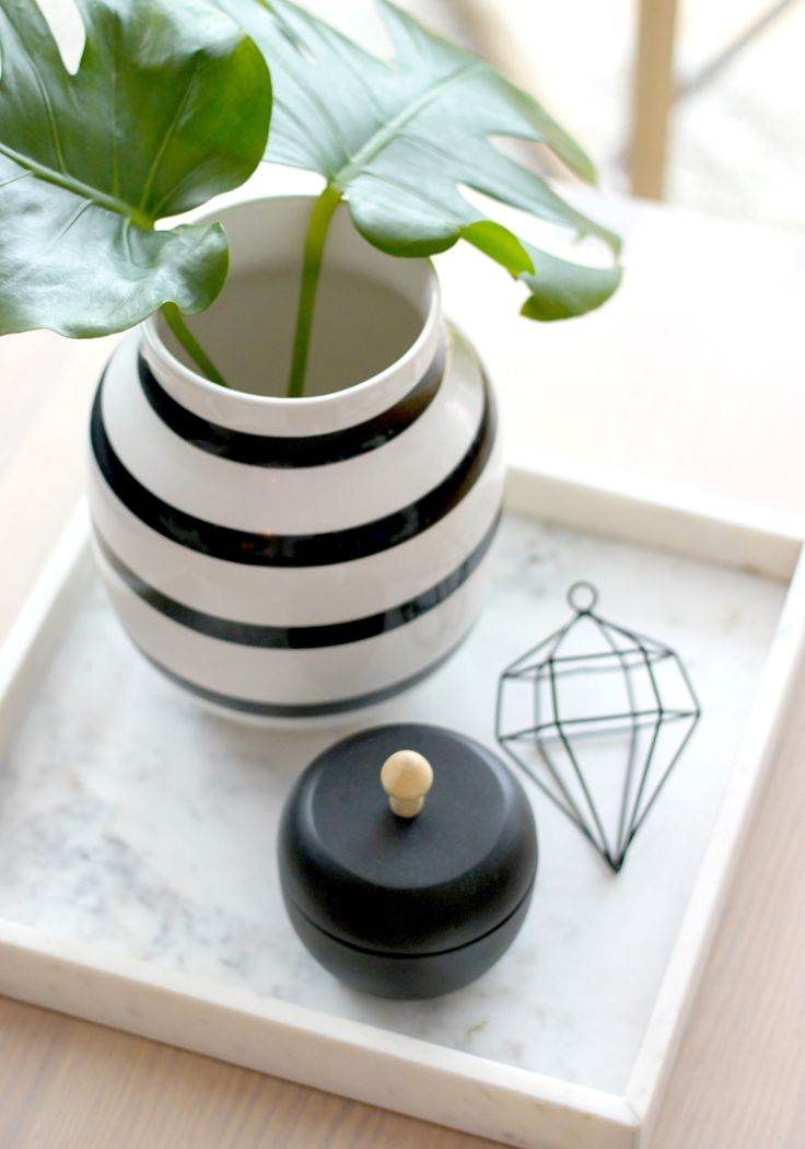 Details - marble, diamond, Kahler and black!
