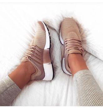 $120 Nike Air Presto Women Pink Nuede Beige Sneakers Spring Summer Shoe Trends