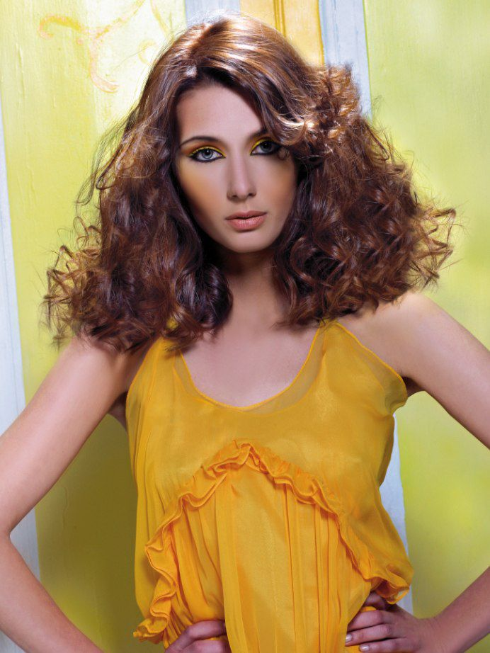 100% Human Hair Brown Lace Front Curly Medium Wigs 16 Inch