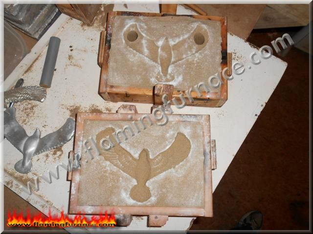 This blog is about metal casting, setup of a homemade, backyard aluminum foundry, sand casting methods and how to create different aluminum objects