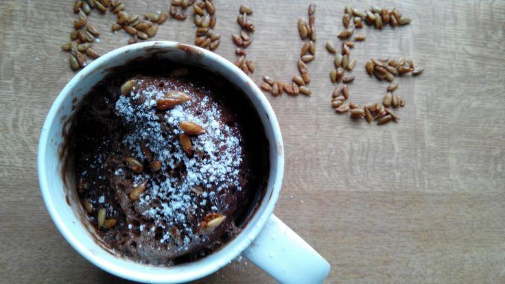 recette de mug cake chocolat beurre de cacahu tes s recette de g teau rapide cuit au micro. Black Bedroom Furniture Sets. Home Design Ideas