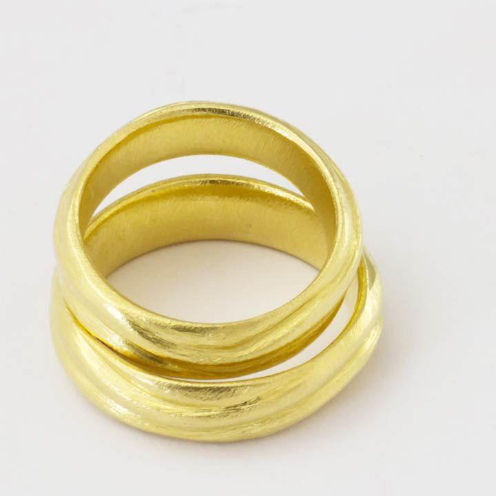 Goldene Trauringe der Goldschmiede Mussel    aus Mainz von - handgemacht -